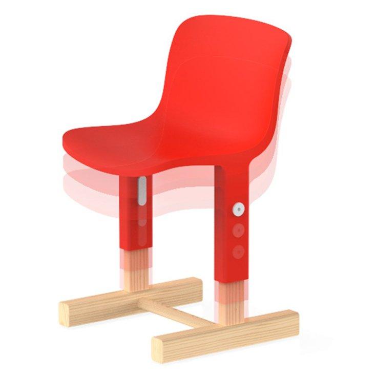little-big-chair-big-game-milan-2016-magis-me-too-lausanne-switzerland_dezeen_sqa-1